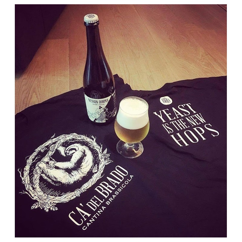 """Black T-Shirt """"Yeast Is The New Hops"""""""